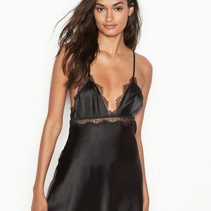 NEW Victoria's Secret VERY SEXY Satin & Lace Slip